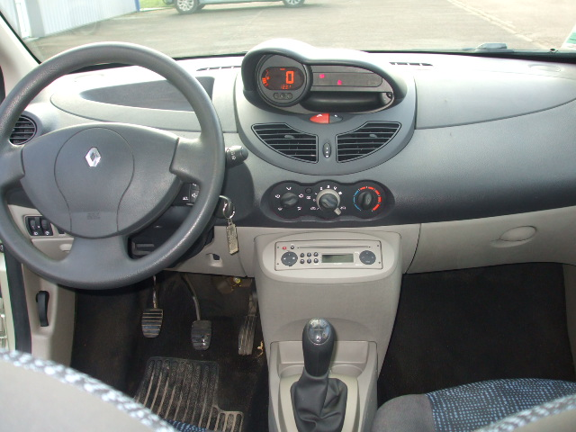 renault twingo ii authentique 85ch 3p web auto. Black Bedroom Furniture Sets. Home Design Ideas