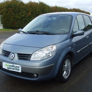 Renault grand scenic luxe dynamique 1.9dci 120ch 7pl