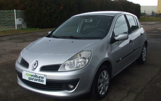Renault clio authentique 1.4e 16v 100ch 5p
